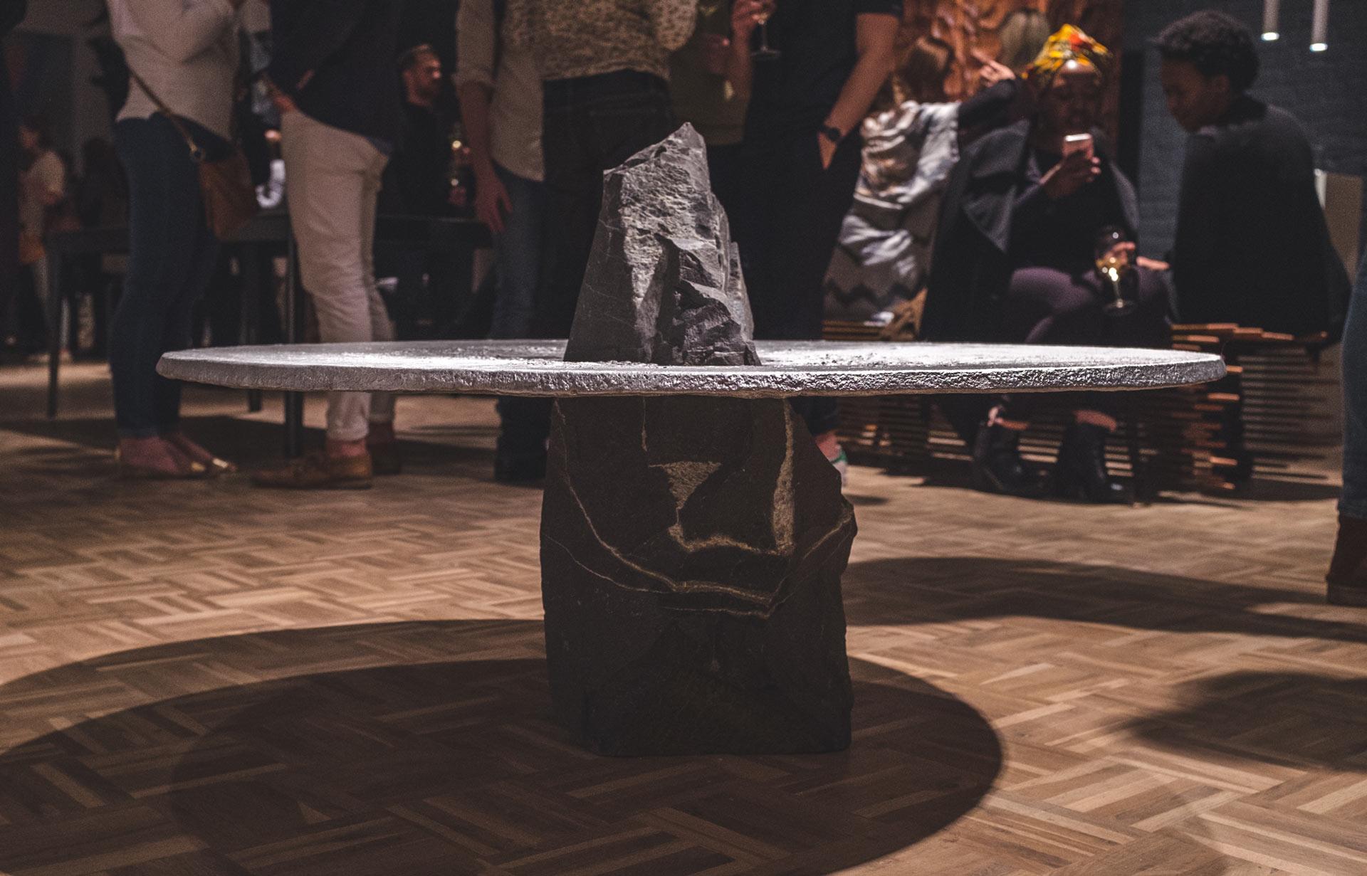 lunar-table (7)