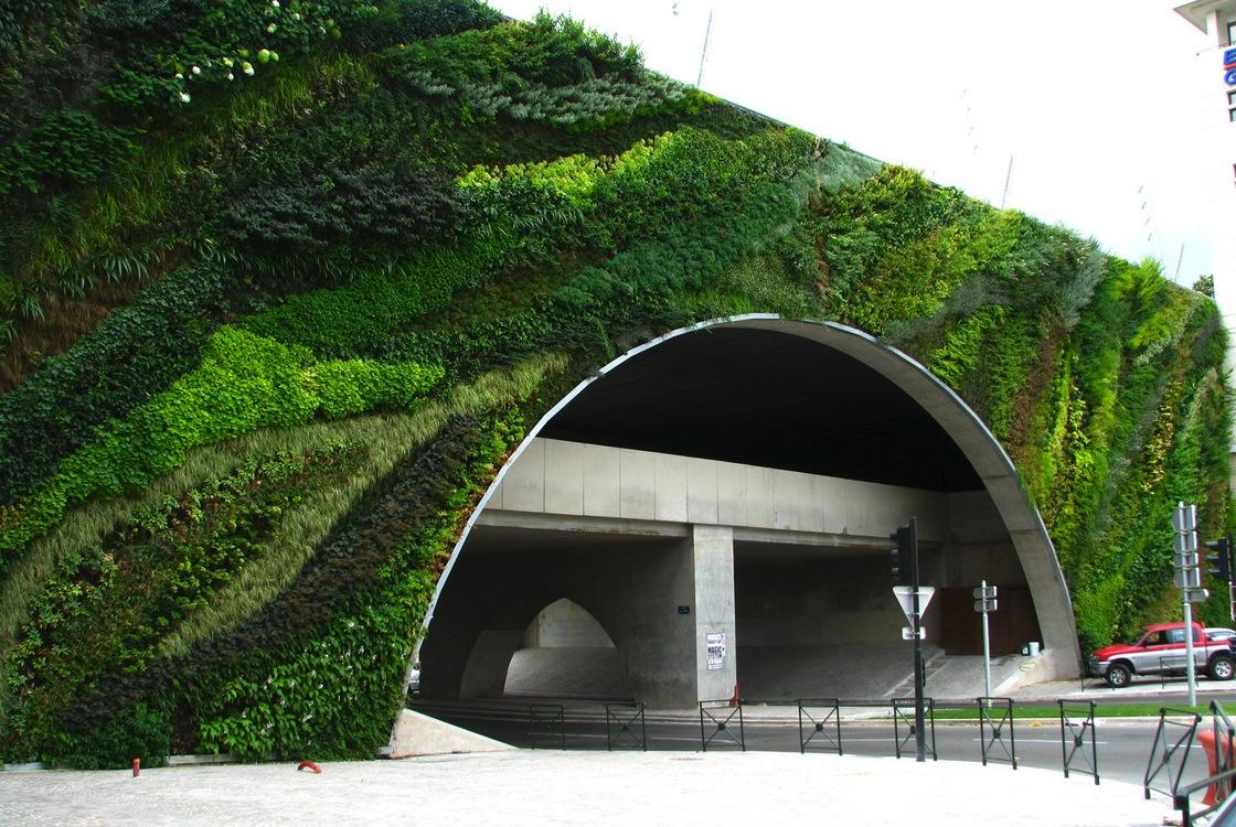 vertical-gardens (1)