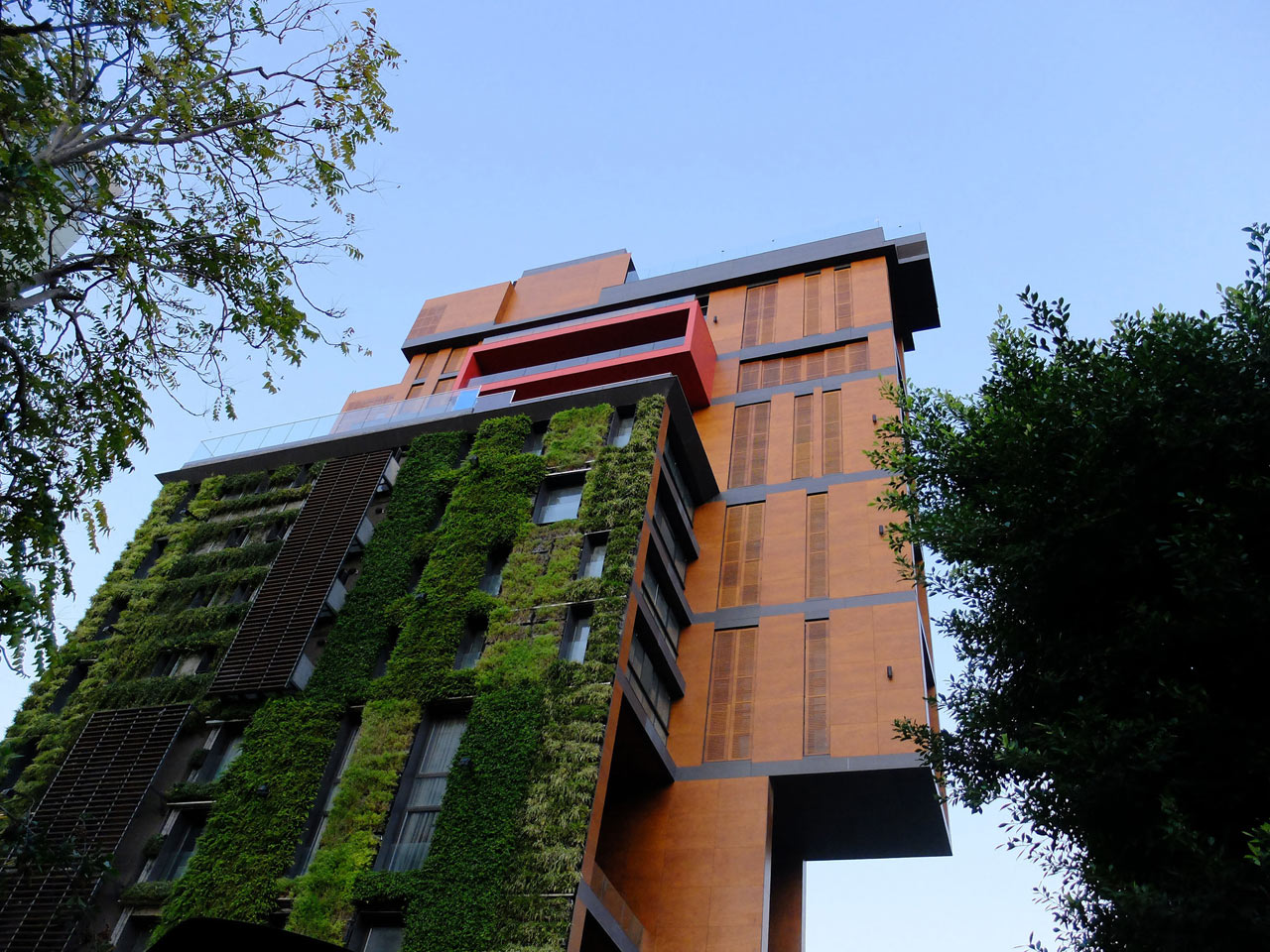 vertical-gardens (10)