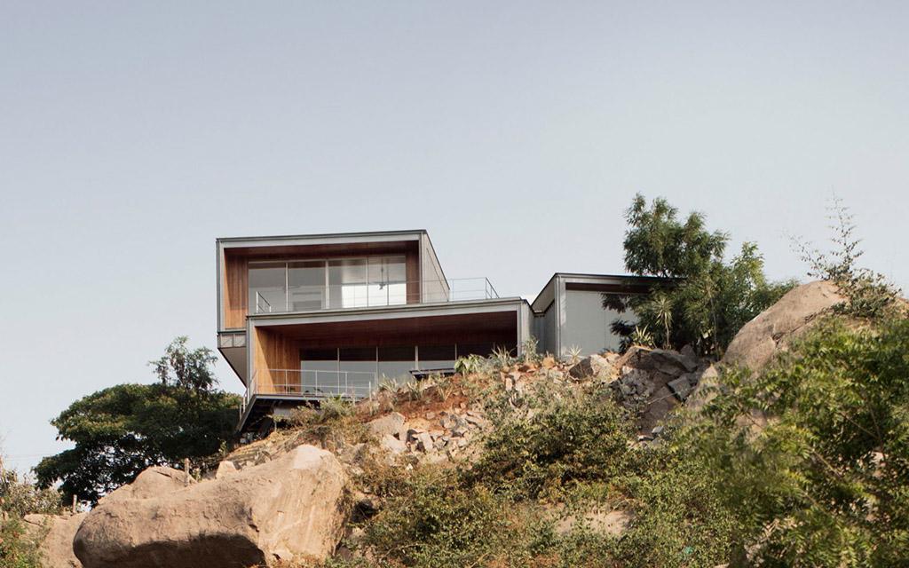 Гранитный дом, дом, экстерьер