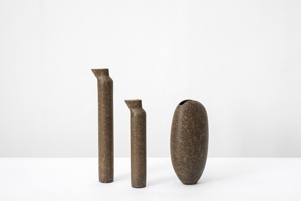 Доминго Тотора, вазы из картона, Domingos Tótora