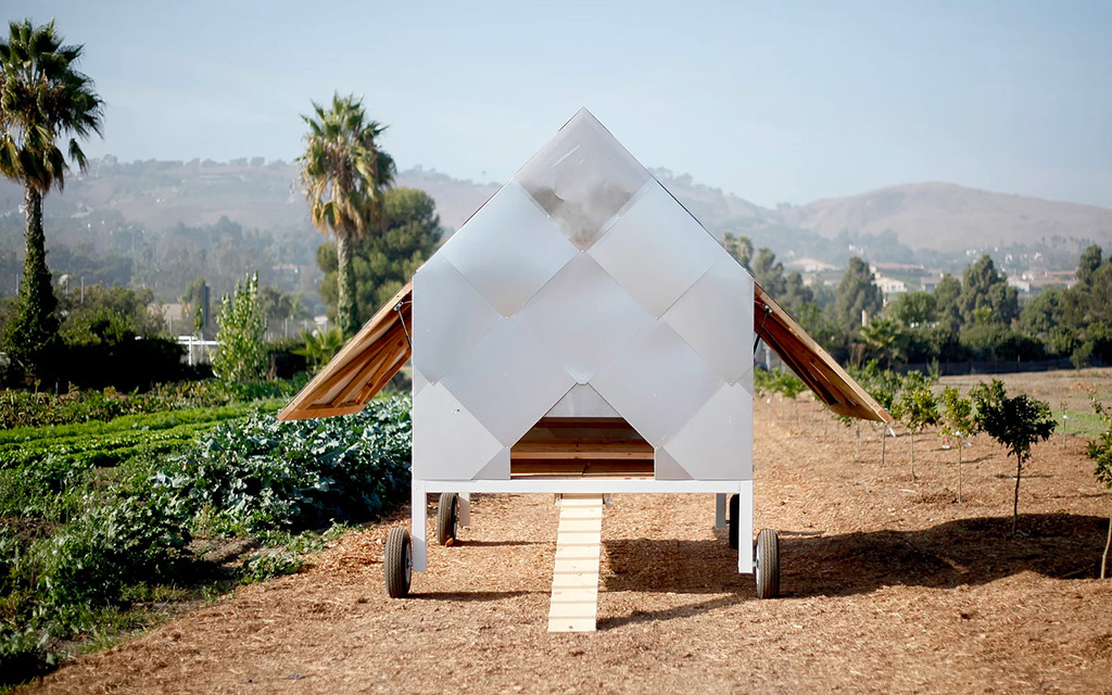 Designers on Holiday, Chicken Caravan, курятник